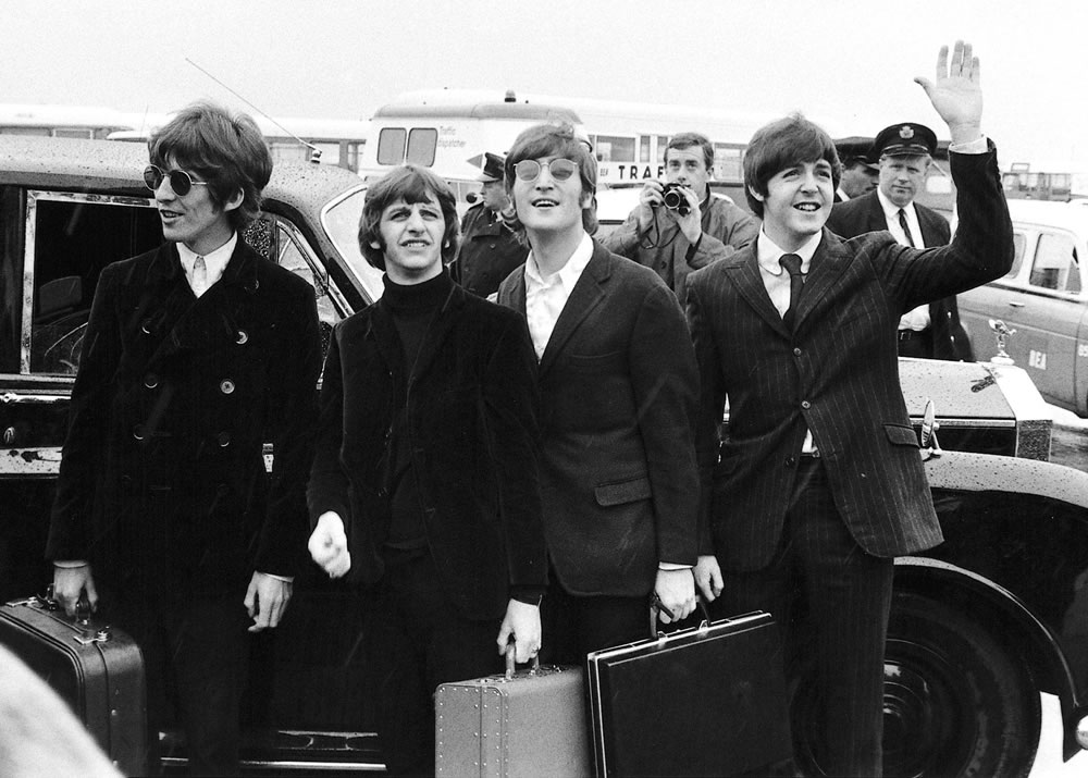 Beatles 1966: The Beatles arrive at.. Art Print