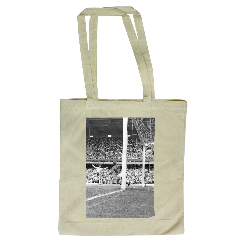 Watney Cup Final at the Baseball.. Tote Bag
