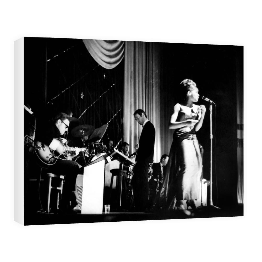 Shirley Bassey Canvas