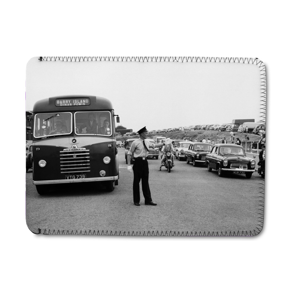 Holiday Crowds at Barry Island: Two Barry policeman control the dangerous.. iPad Sleeve
