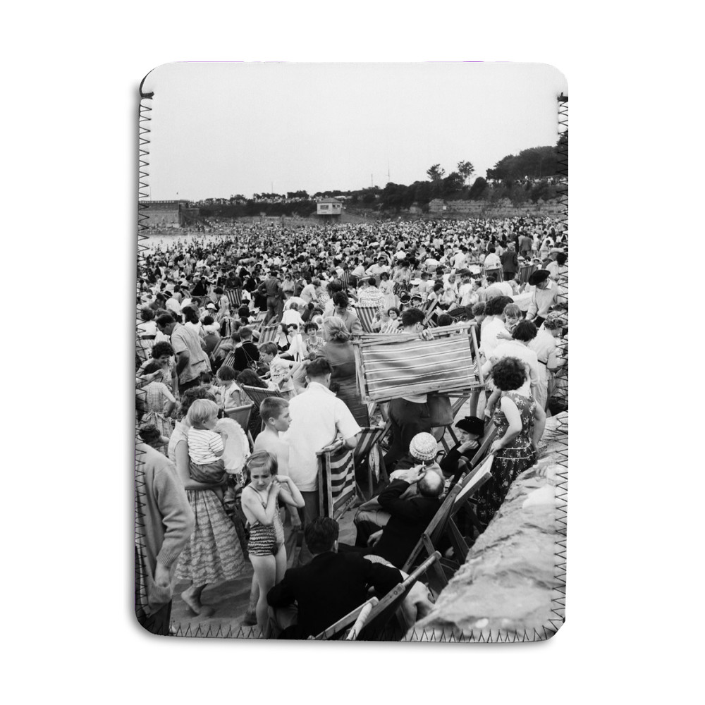 Holiday Crowds at Barry Island: The Fantastic Holiday crowds which took.. iPad Sleeve