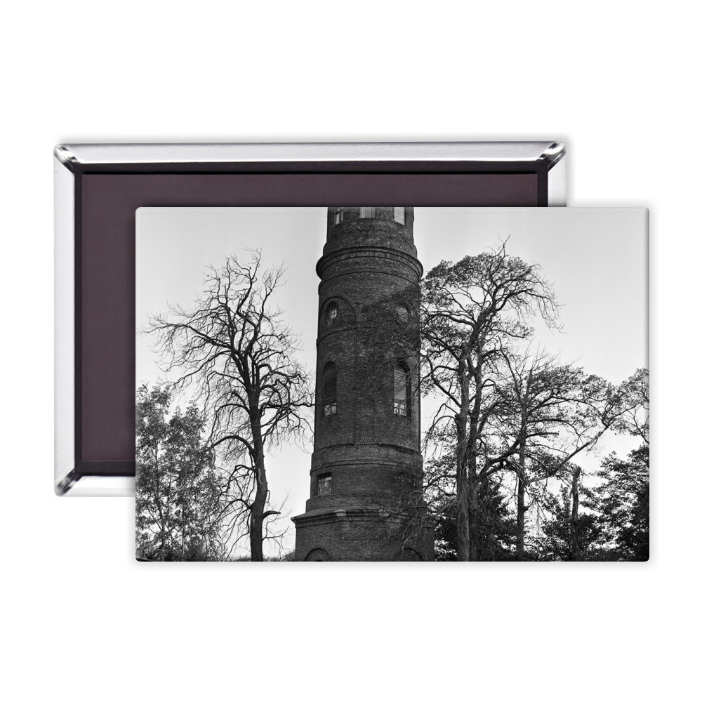Stratton's Folly in Little Berkhamsted, 1969. Magnet