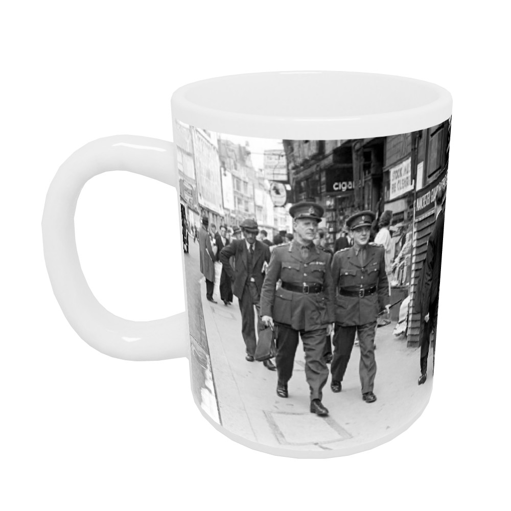11th Viscount Gort, Chief of the Imperial General Staff, circa 1940 Mug Mug