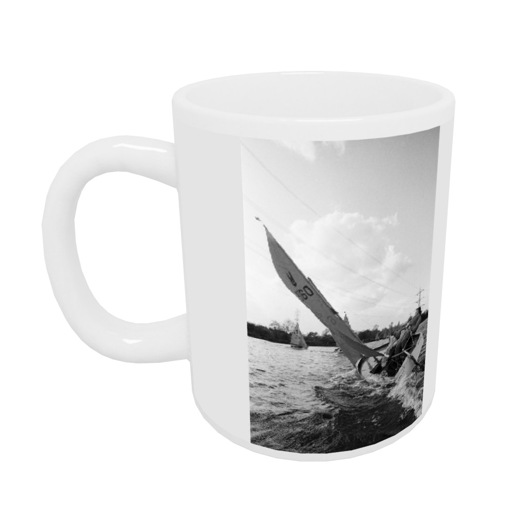 I.P.C. Yacht Club, Farloes Lake Mug Mug
