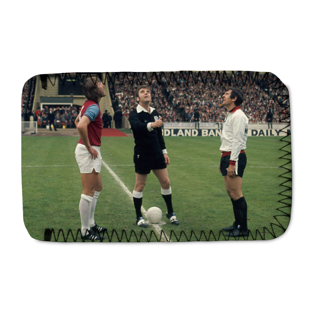 FA Cup Final : West Ham v Fulham, May 1975. The referee tosses a coin.. Phone Sock