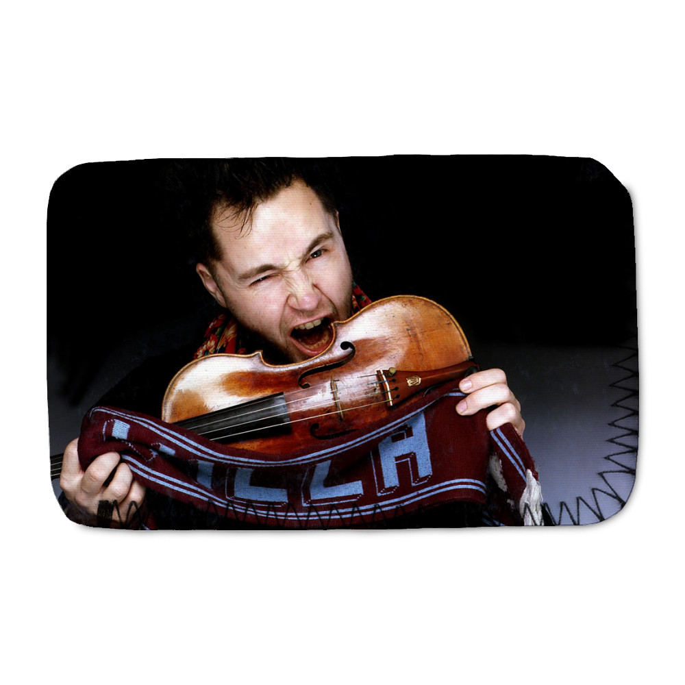 Football fan violinist Nigel Kennedy   Phone Sock
