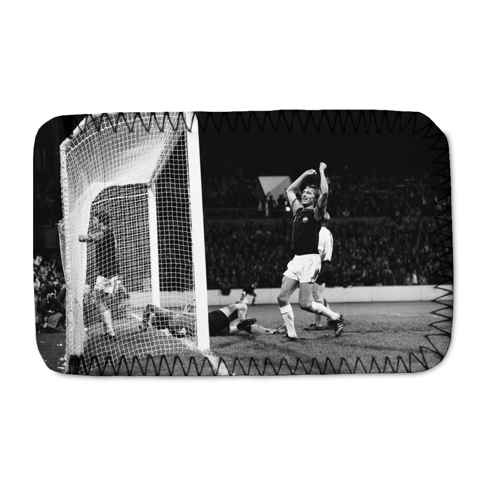 European Cup Winners Cup. West Ham v Reipas Lahden. Pat Holland in the net.. Phone Sock