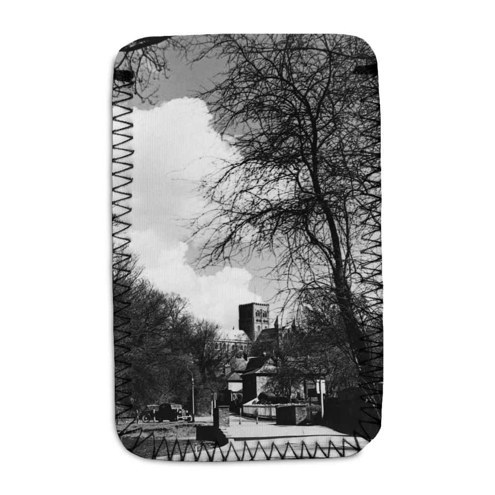 St. Albans scene Cathedral seen through.. Phone Sock