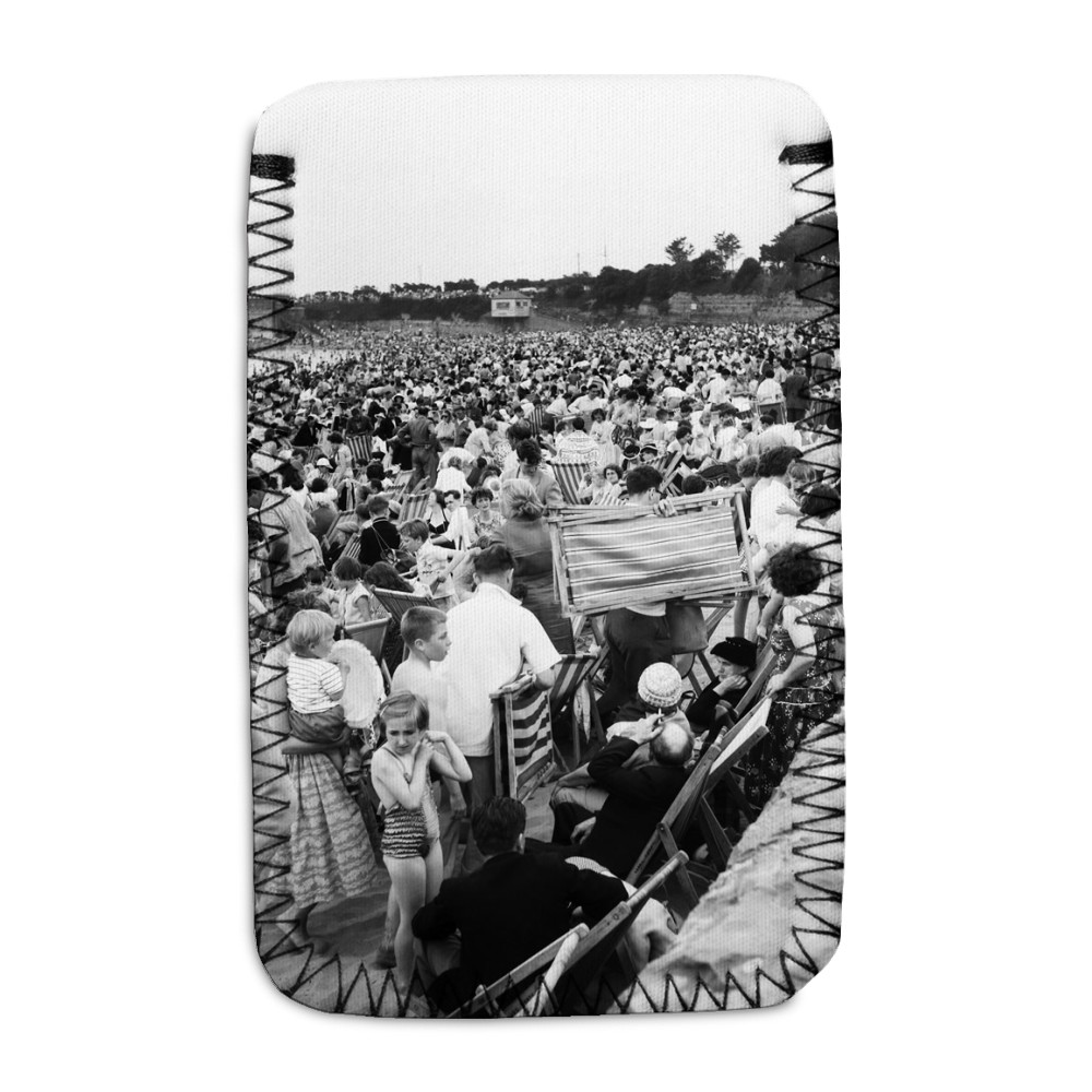Holiday Crowds at Barry Island: The Fantastic Holiday crowds which took.. Phone Sock