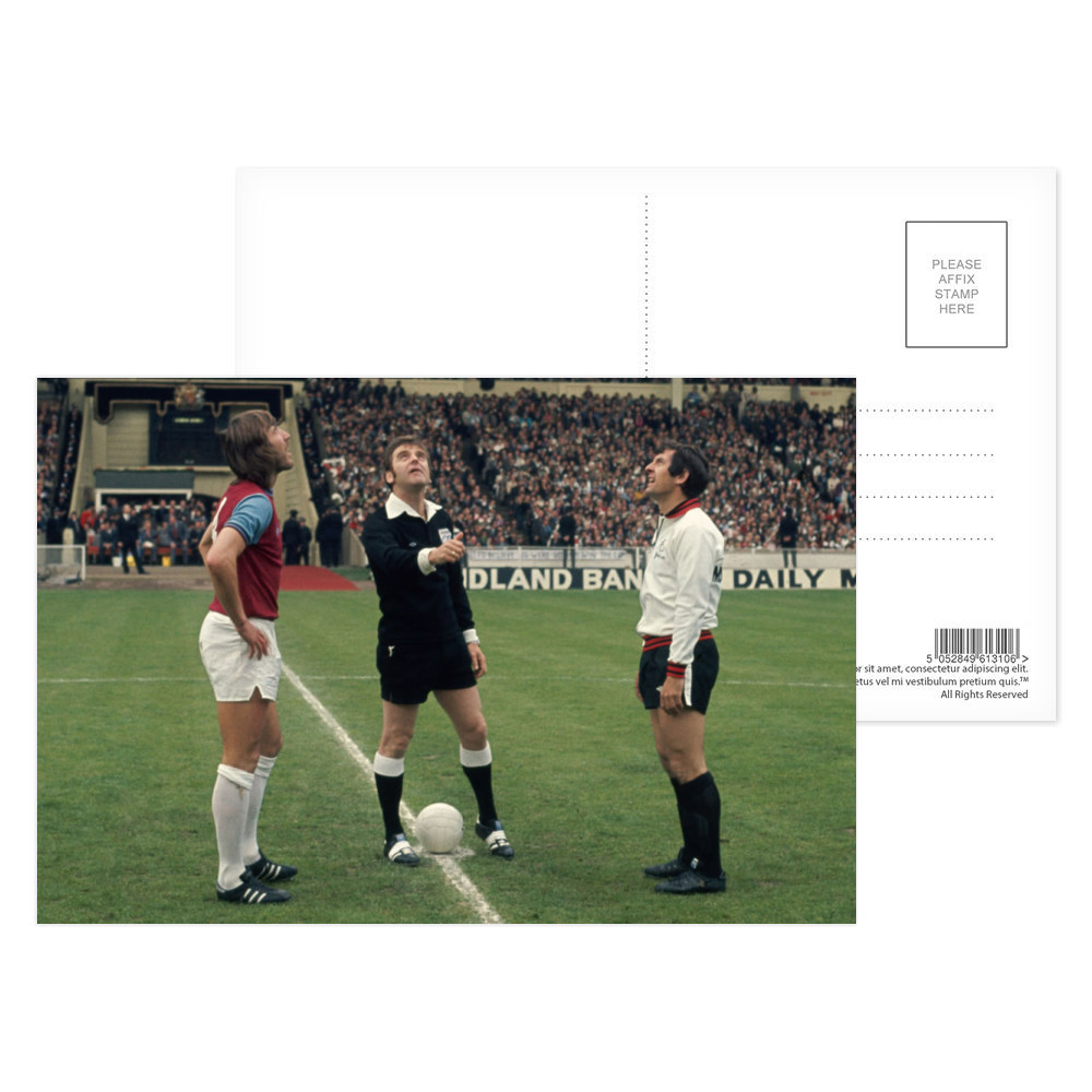 FA Cup Final : West Ham v Fulham, May 1975. The referee tosses a coin.. Postcard (x8)