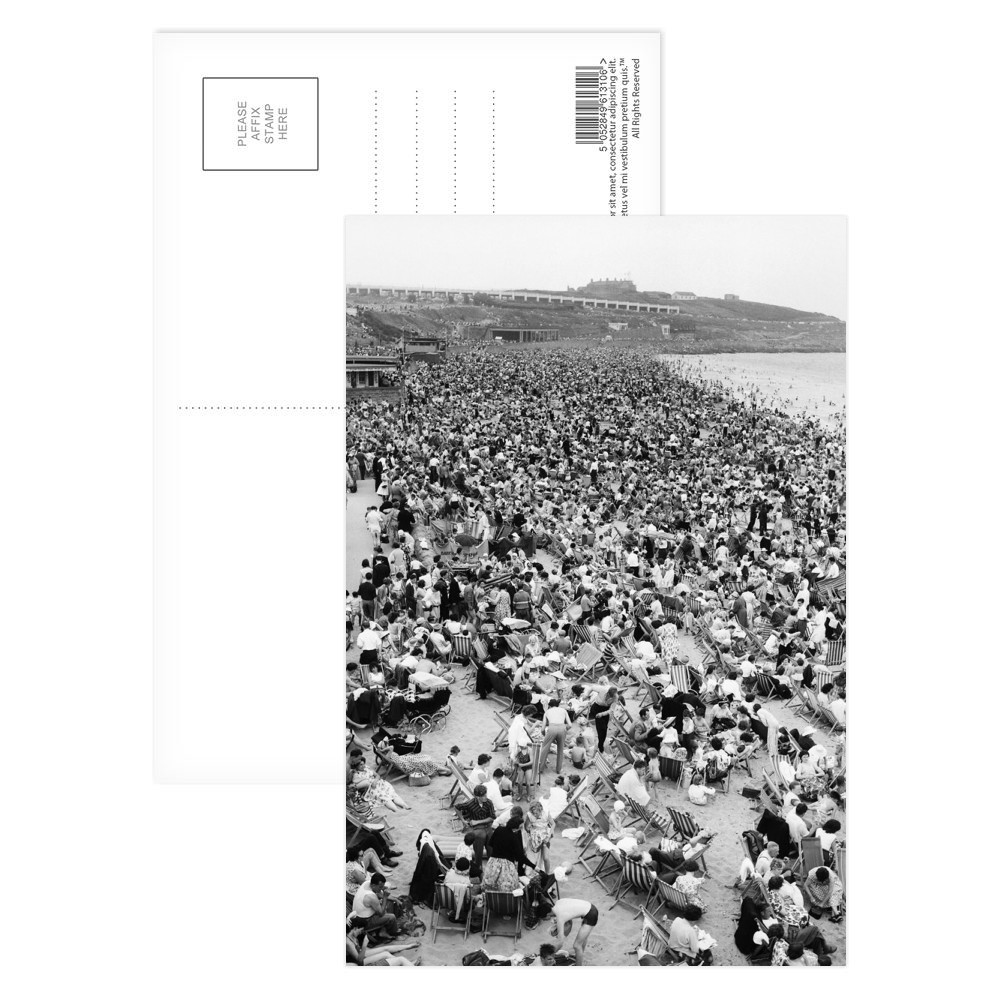 Holiday Crowds at Barry Island: The fantastic holiday crowds which took.. Postcard (x8)
