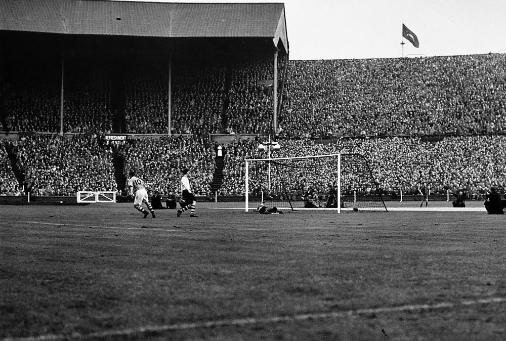 1950 FA Cup Final Art Print