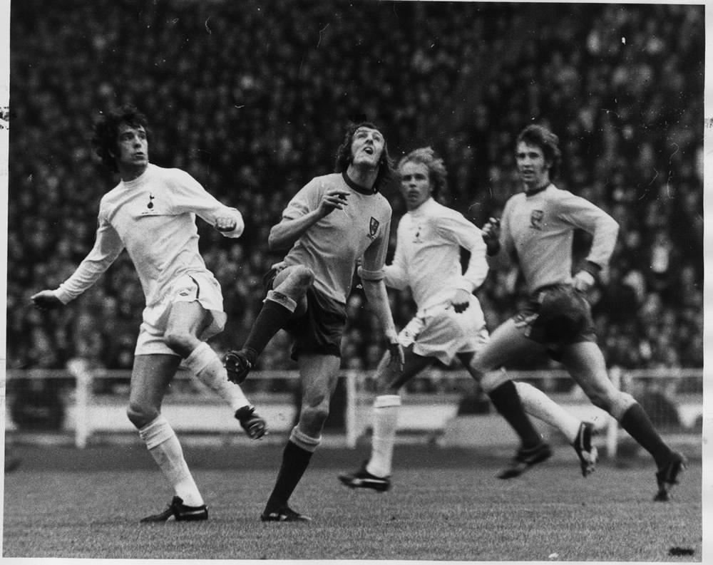 1973 League Cup Final at Wembley Stadium. Tottenham Hotspur 1 v Norwich.. Art Print