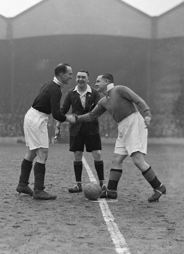 Arsenal v. Chelsea. Captains Andy.. Art Print