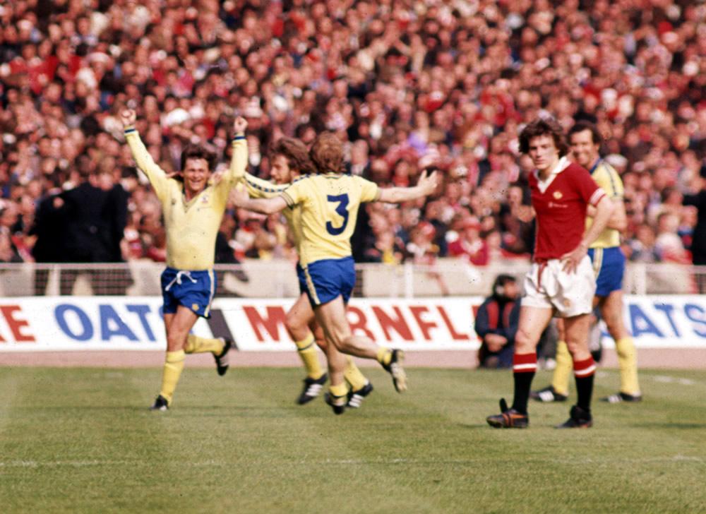 1976 FA Cup Final at Wembley. Manchester United 0 v Southampton 1.   Bobby.. Art Print