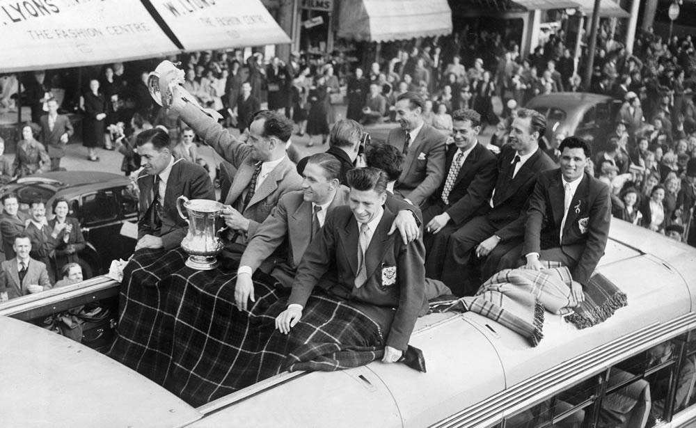 Blackpool arrive home with the FA Cup... Art Print