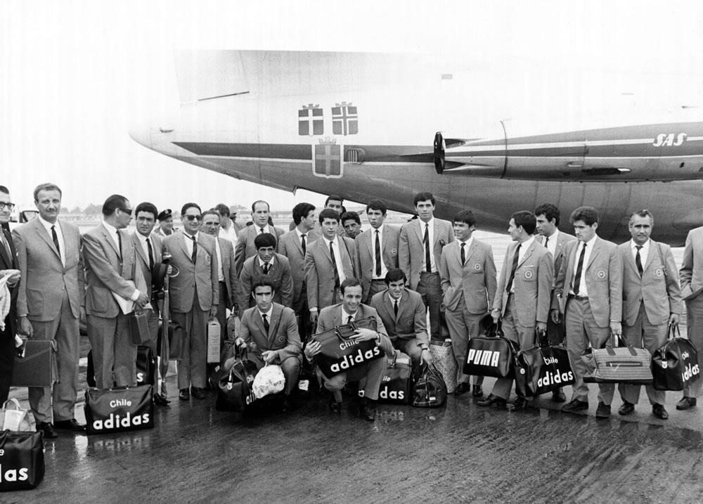 1966 World Cup : Chilean football squad Art Print