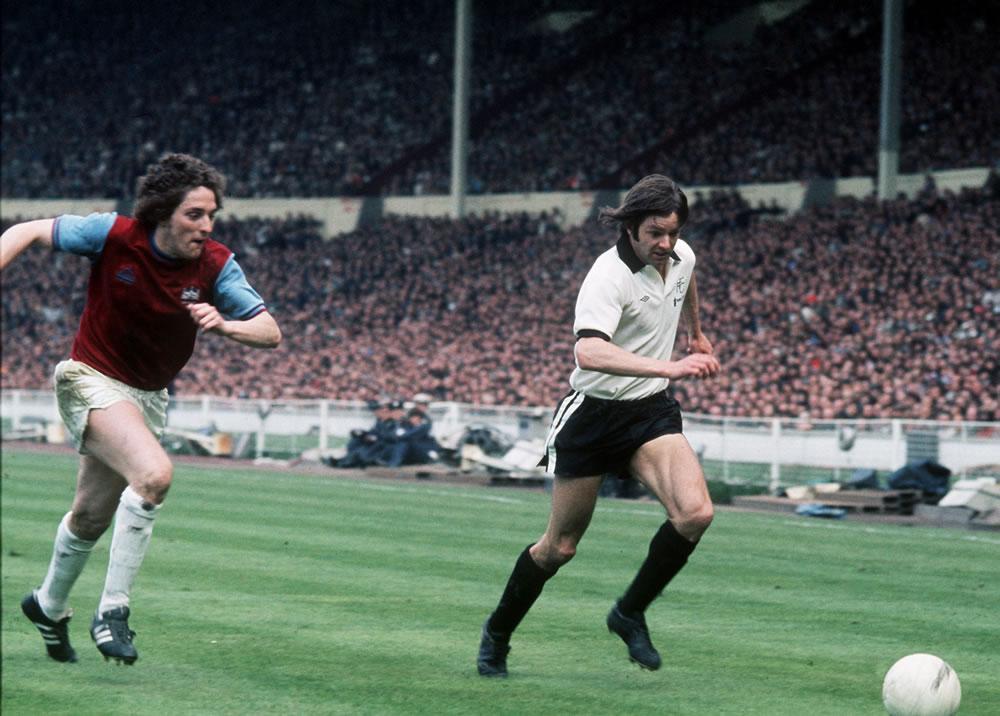 1975 FA Cup Final at Wembley, May 1975... Art Print