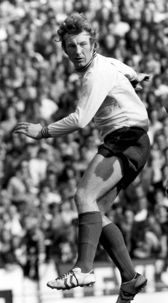 Alan Hinton in action for Derby County.. Art Print