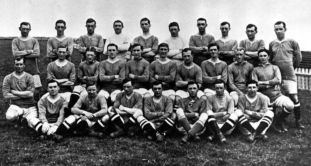 Cardiff City football team 1913-1914... Art Print