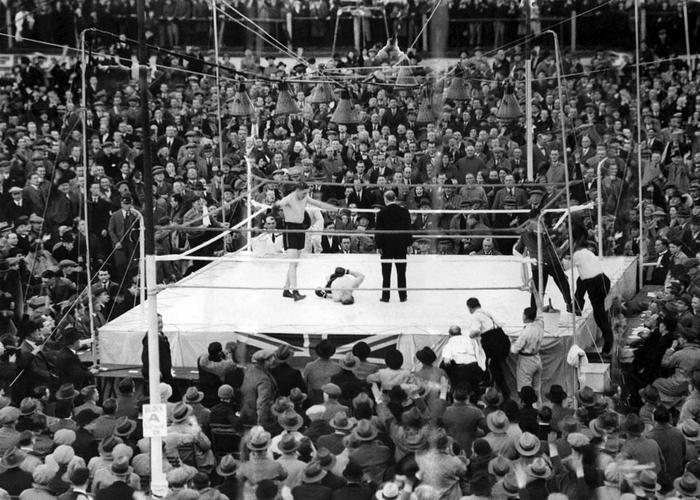 British heavyweight champion Jack.. Art Print
