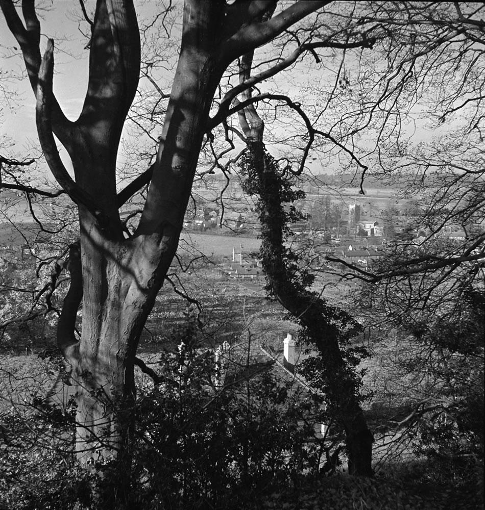 Aldbury Village in Hertfordshire seen.. Art Print