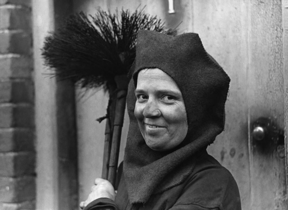 Madame Sweep: For men must work and.. Art Print