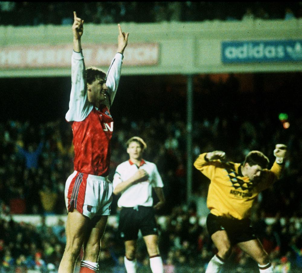 Footballer Tony Adams of Arsenal.. Art Print