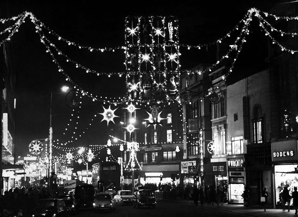1967 Christmas lights display in Church.. Art Print