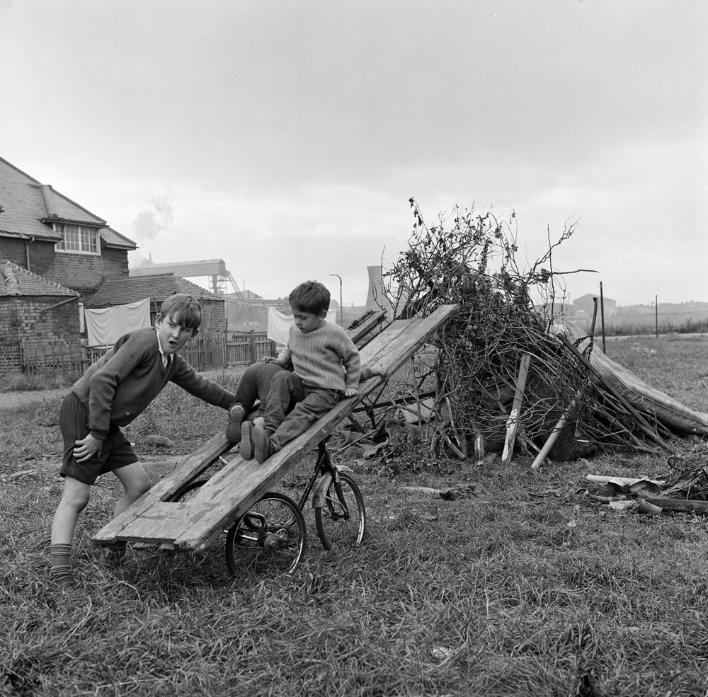 Children Building a Bonfire, Teesside, 1971.  Art Print