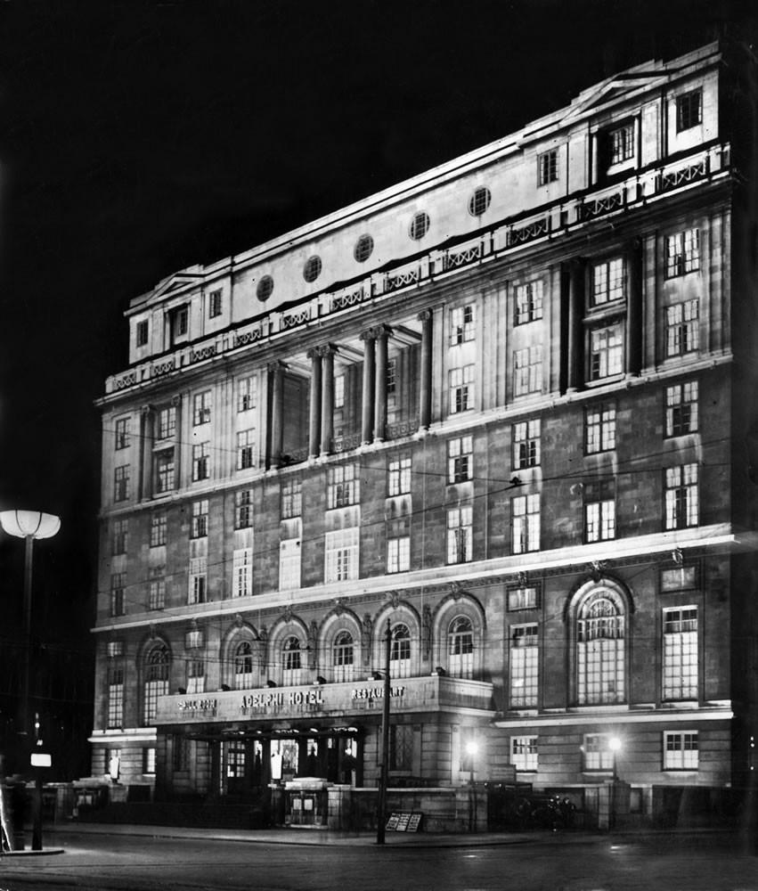 Adelphi Hotel Liverpool 1934 - Art Print Art Print