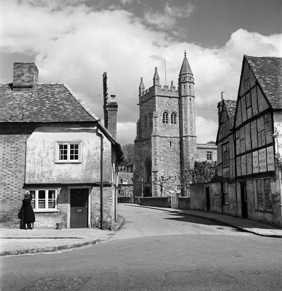 Amersham, Buckinghamshire - Art Print Art Print