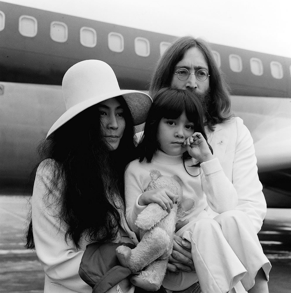 John Lennon And Yoko Ono May 1969 At Art Print