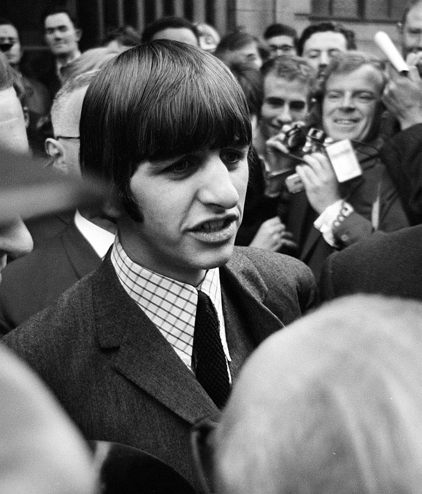 Beatles Drummer Ringo Starr leaving.. Art Print