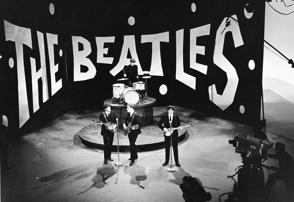 The Beatles: 1964 John Lennon Paul.. Art Print