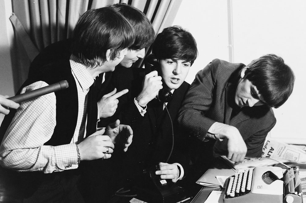 The Beatles: 1964 The Beatles during a.. Art Print