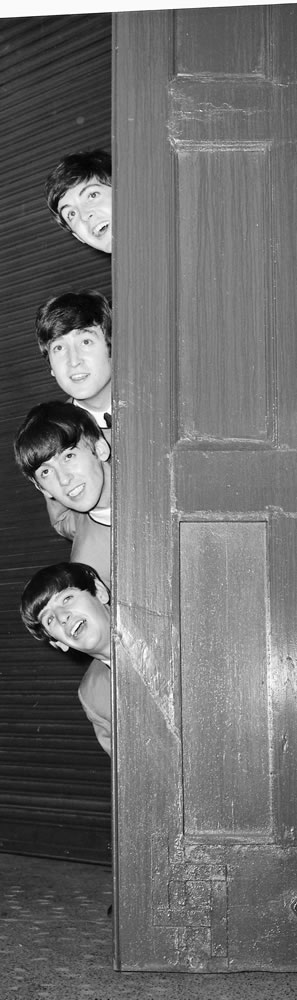 1963 The Beatles pose backstage at.. Art Print