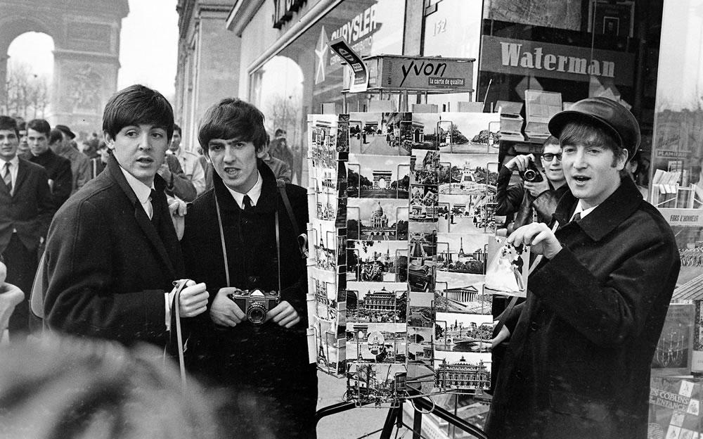 The Beatles: 1964 The Beatles Paul.. Art Print