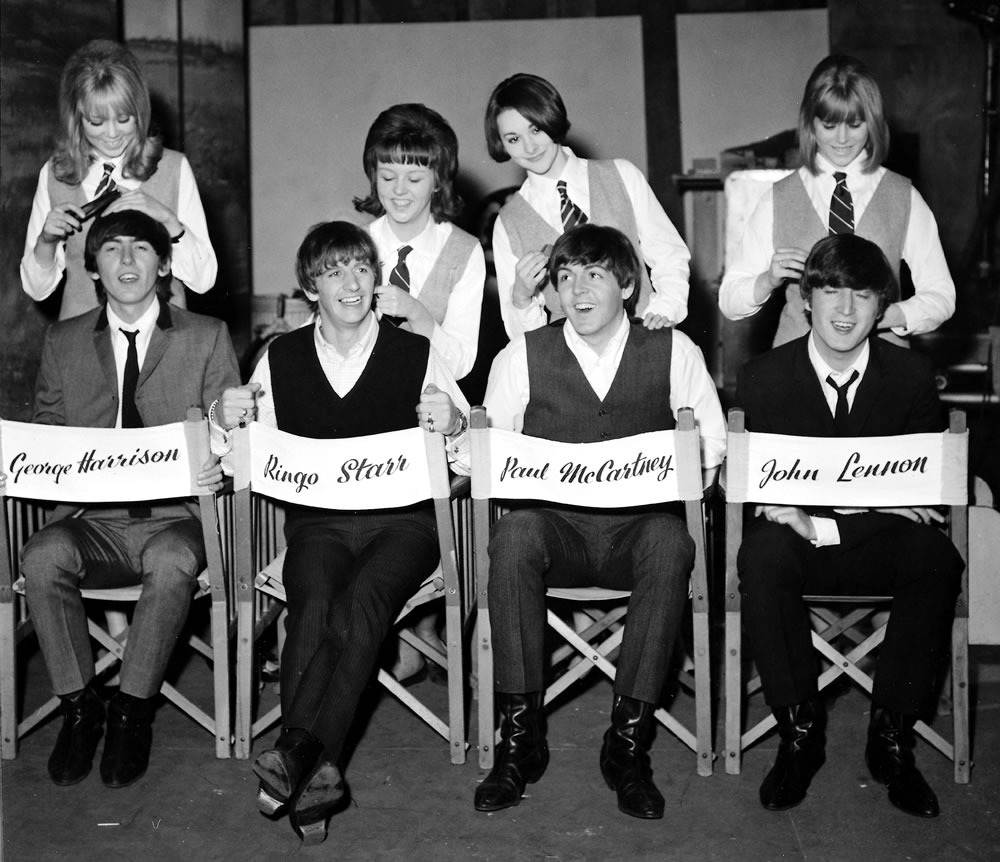1964 The Beatles get the groom.. Art Print