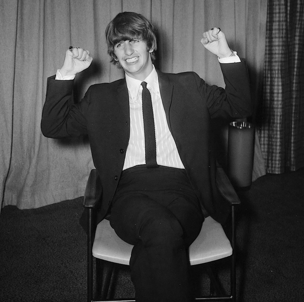The Beatles: 1964 Ringo Starr February.. Art Print