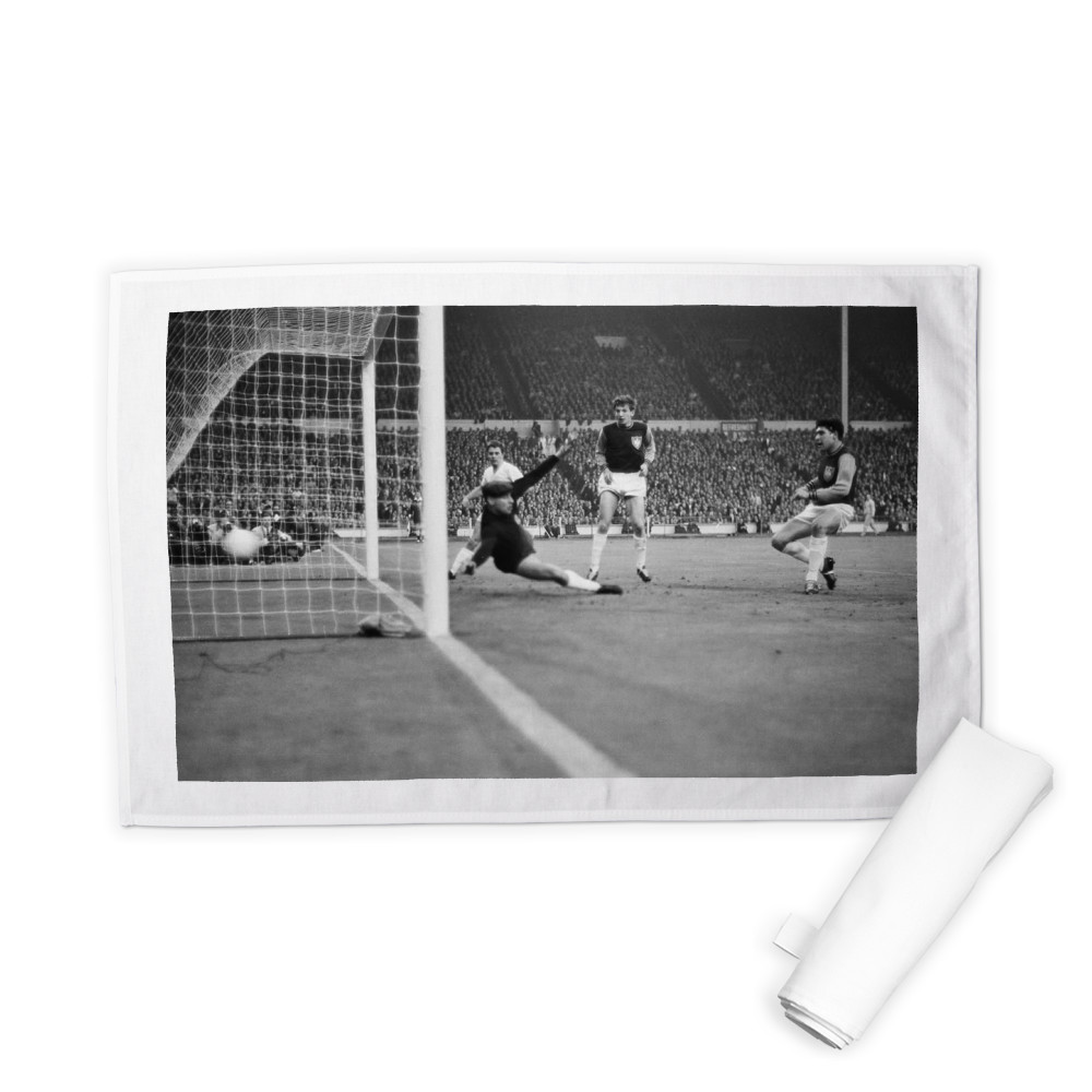 European Cup Winners Cup Final at Wembley Stadium. West Ham United 2 v.. Tea Towel