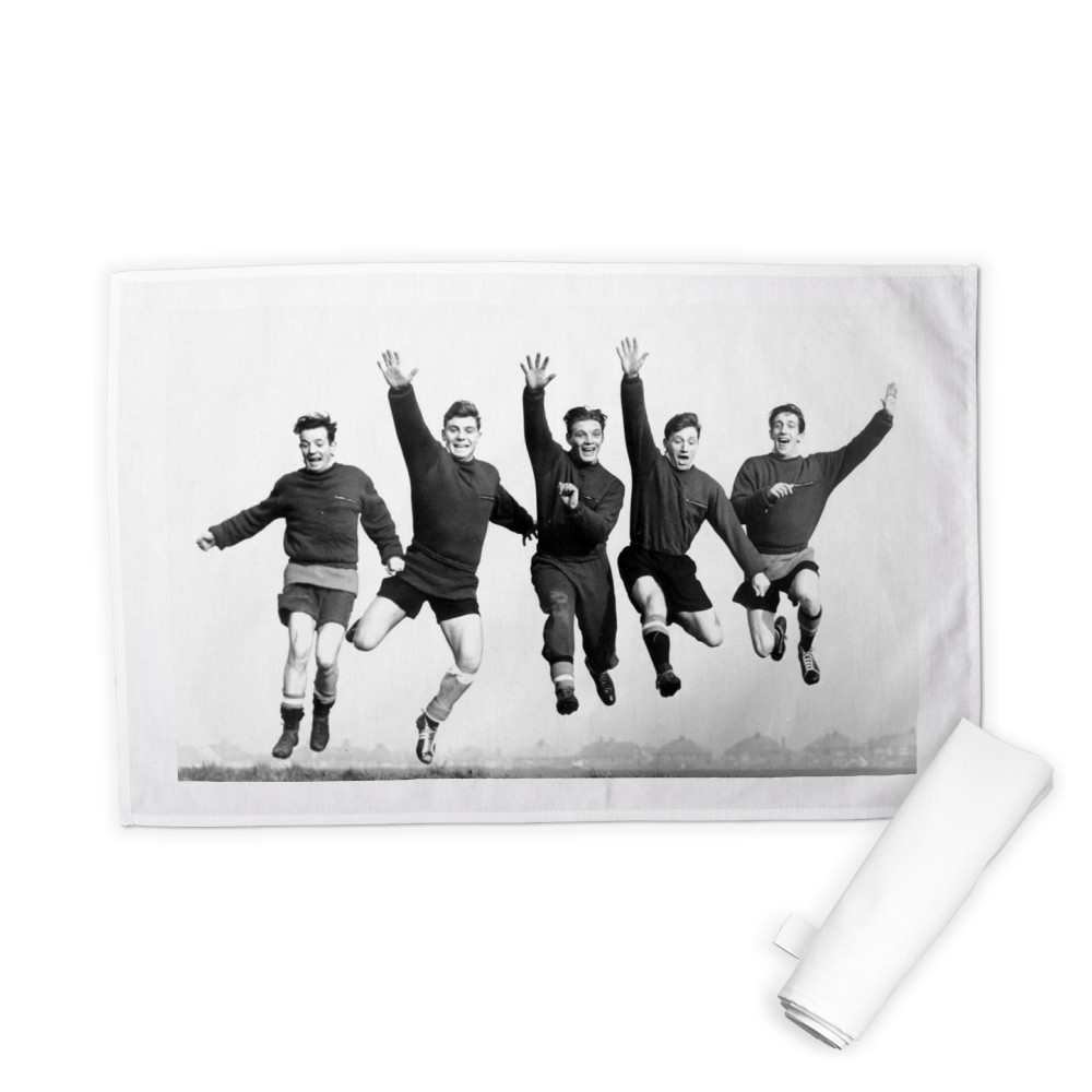Busby babes Johnny Berry, Duncan.. Tea Towel
