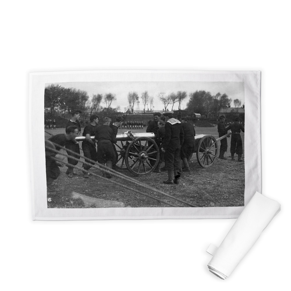 Field Gun Competition at Whale Island Tea Towel