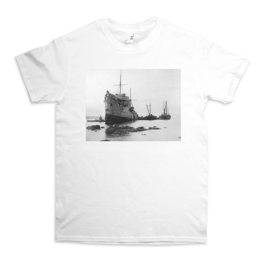 HMS Flora Run Aground in 1903 TShirt